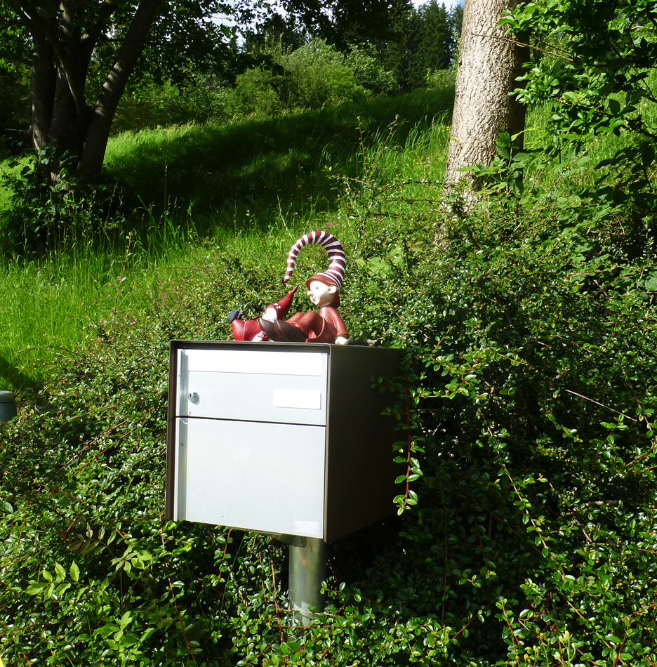 How about some Mailbox Gnomes