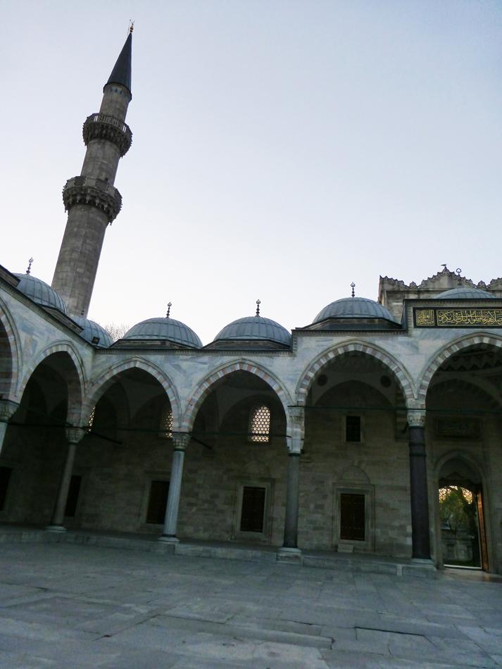 P1020743_MosqueDinner_950