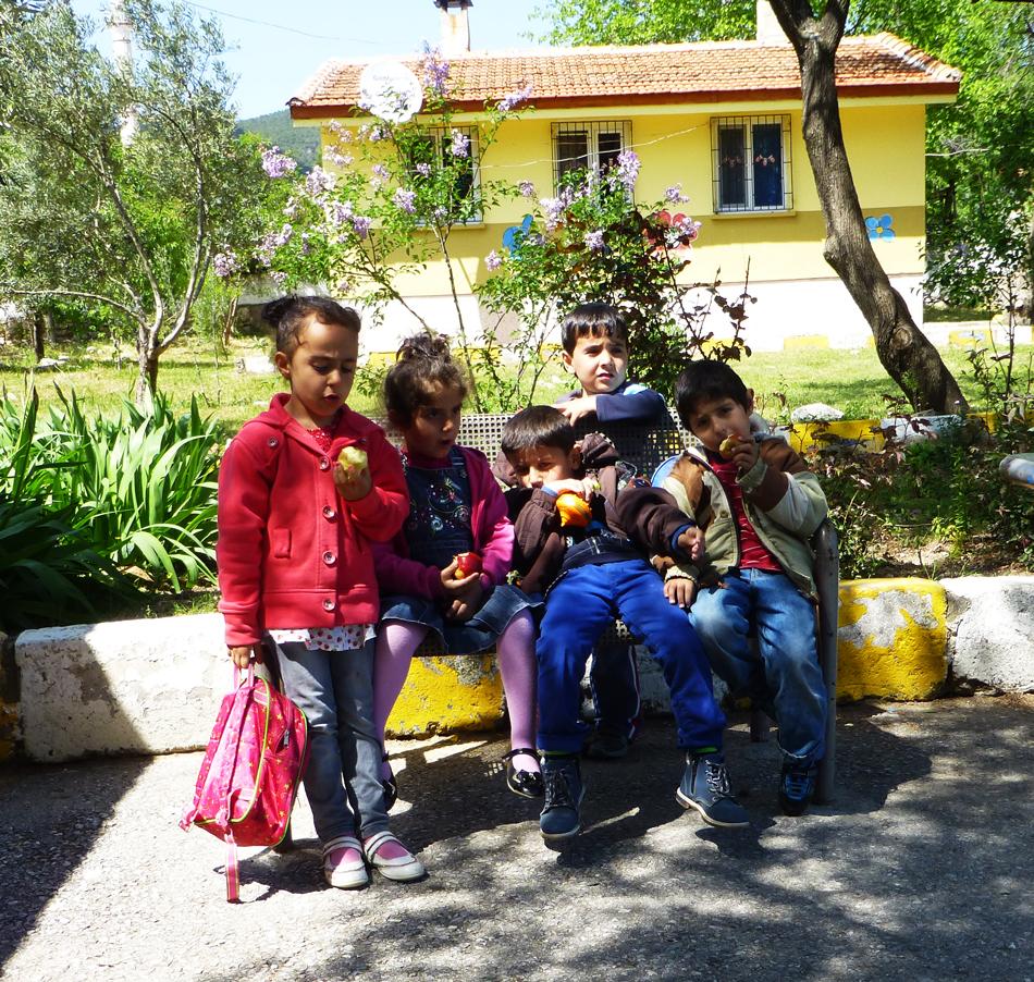 P1020949_Village_School5_kids_950